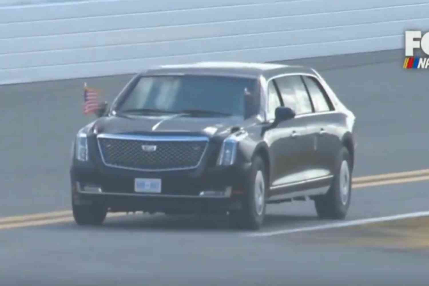 """Trump takes lap around track in presidential limo """"The Beast"""" to kick off Daytona 500"""